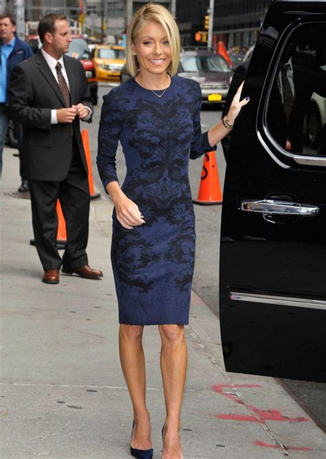 how does kelly ripa get the bends in her hair how to get a body like kelly ripa nyc kelly ripa and