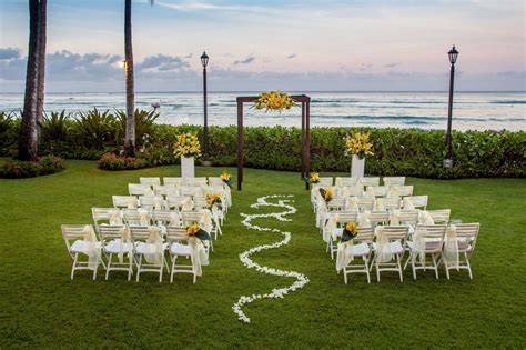 Wedding Venues Oahu by Oahu Wedding Venues Moana Surfrider A Westin Resort Spa