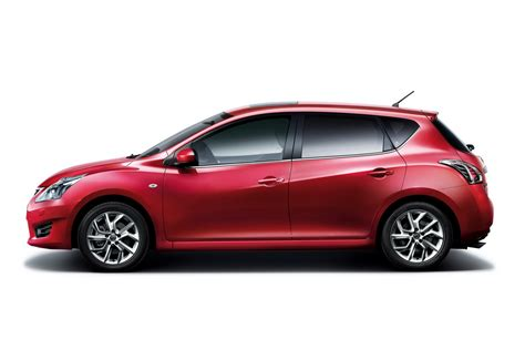 tiida nissan hatchback all new nissan tiida unveiled at shanghai auto show