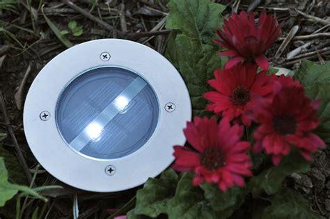 spot de jardin solaire l 233 clairage par le sol au jardin nos solutions achatdesign
