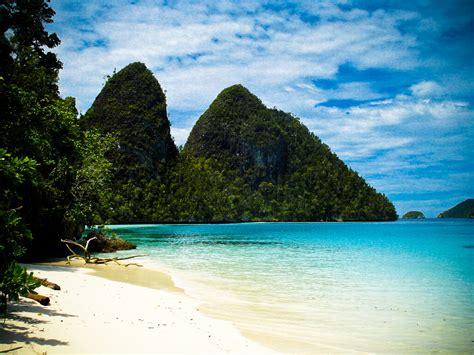 Pemandangan Raja Ampat di Papua Barat, Foto Alam, Laut