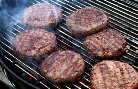 como cocinar hamburguesas 191 c 243 mo preparar carne para hamburguesa