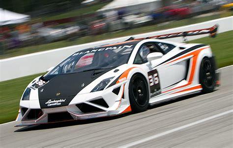 Lamborghini Racer Enjoy A Weekend Of Lamborghini Racing For 35k