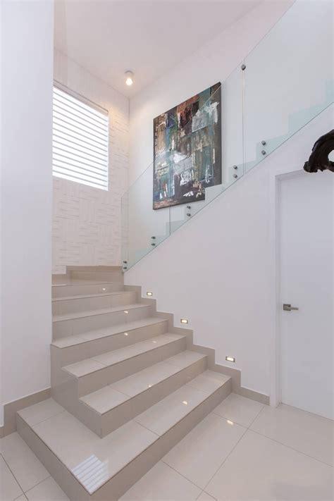 decoracion de pasillos minimalistas im 225 genes de decoraci 243 n y dise 241 o de interiores casa