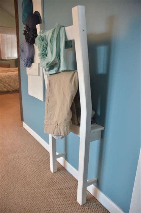 stuhl garderobe garderobenstuhl herrendiener aus stuhl bauen halber