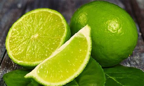 Minyak Atsiri Jeruk Nipis ini manfaat jeruk nipis nusakini
