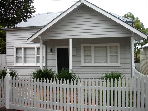 renovating houses australia renovate weatherboard house 28 images character house with front deck nz search