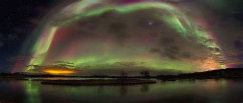 reykjavik iceland northern lights northern lights tour from reykjavik by minibus guide to