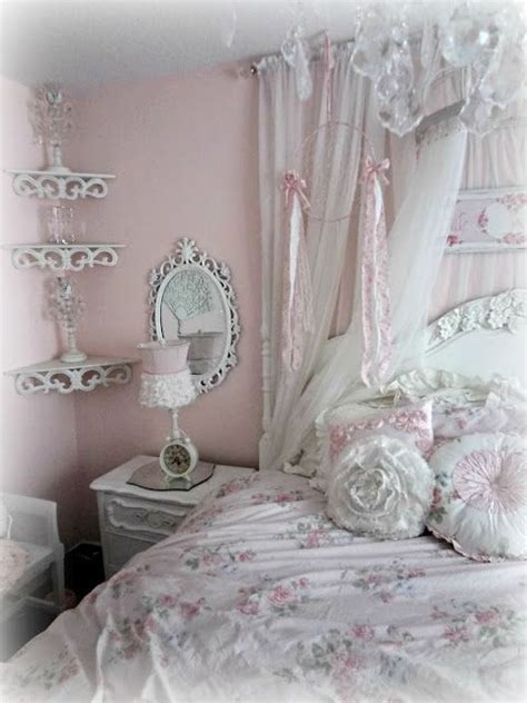 shabby chic bedroom suite best 20 shabby chic chandelier ideas on pinterest