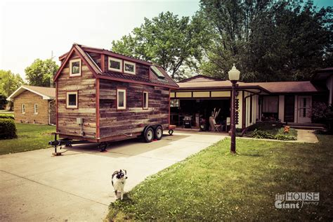 tiny houses in illinois shelbyville il a big cross country move tiny house