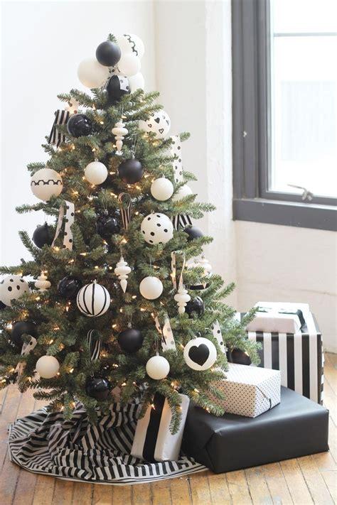 Excepcional  Arboles De Navidad Adornos #9: 01-35.jpg
