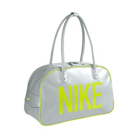 Harga Nike Ad jual nike heritage ad shoulder club ba4355 033 white tas