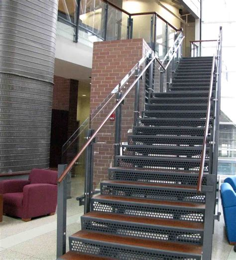 Treppenstufen Aus Metall by Metal Staircase Wood Tread Laser Cut Steel Risers