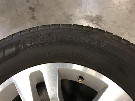 chevy suburban   oem wheels tires extreme wheels