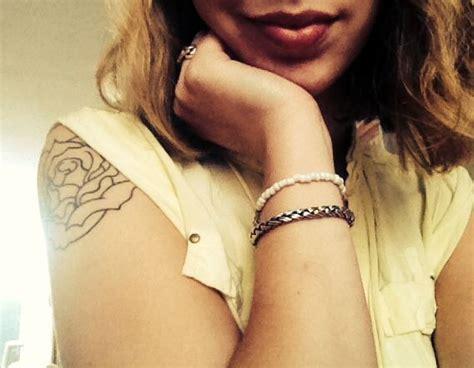 rose outline tattoo on shoulder my outline shoulder tattoos