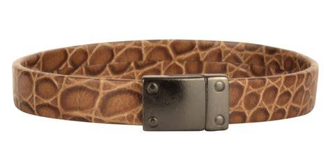 flat unyu crocodile htm caiman croc flat leather bracelet
