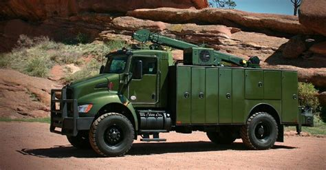 kw service truck top 25 ideas about welding rig s an service trucks on