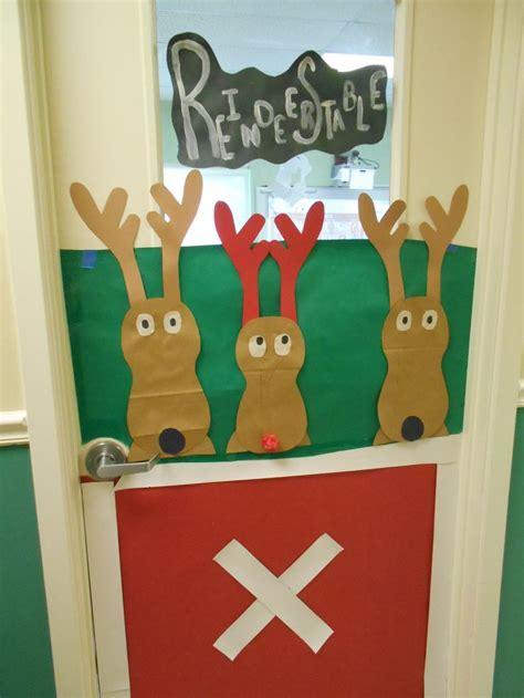 Reindeer Door Decorations by Door Decor Reindeer Stable Bulletin Board And Door Decor Reindeer