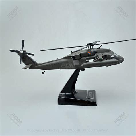 Helikopter Sikorsky Uh 60d Black Hawk sikorsky uh 60 black hawk model helicopter with detailed interior