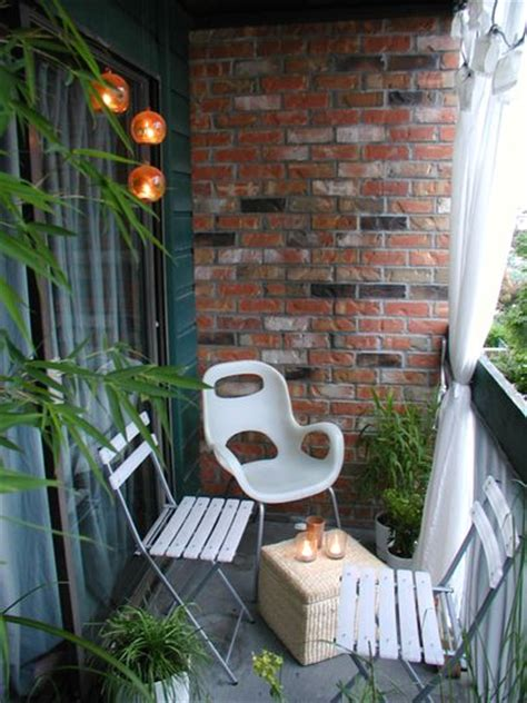 Apartment Balcony Furniture Ideas 11 Small Apartment Balcony Ideas With Pictures Balcony