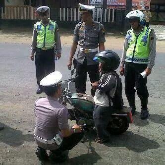 Elektromotorrad Harley Davidson Kinder by Kumpulan Foto Meme Lucu Tilang Polisi Ucapan Gambar