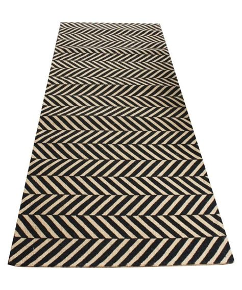 Herringbone Runner Rug High Market Herringbone Sisal Runner Black 2 5 X 7 For The Home Pinterest