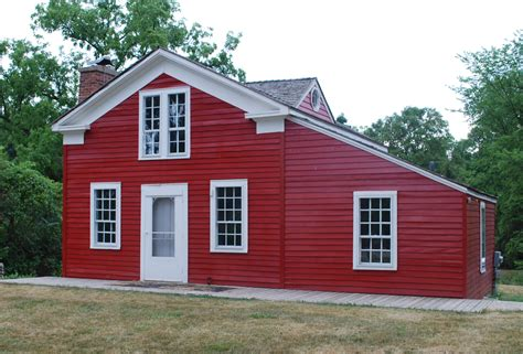 the redd house file red house stony creek village mi jpg