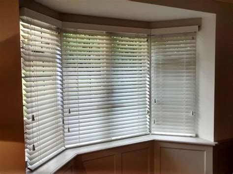 Window Blind Store 33 Best Images About Bay Window Blinds On Grey
