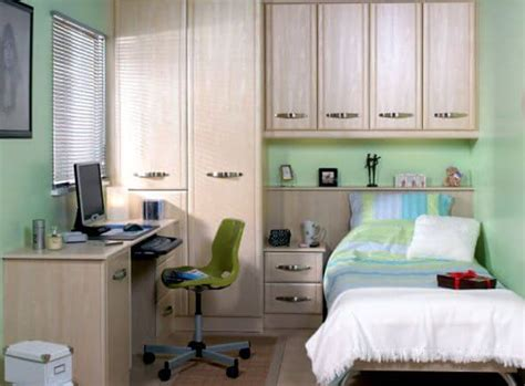 Fitted Bedroom Furniture For Small Bedrooms 5 Secrets That Can Make Your Bedroom Seem Bigger Apartment Geeks