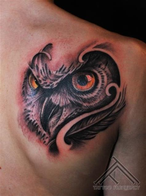 owl shoulder tattoo pin awesome shoulder and chest design for 2011