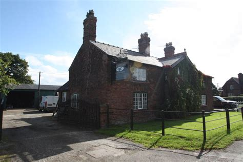 3 bedroom cottage to rent in 11 bostock green middlewich