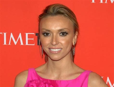 giuliana rancic ignored warnings about racist comments on fashion giuliana rancic apologizes on air for comment on zendaya s