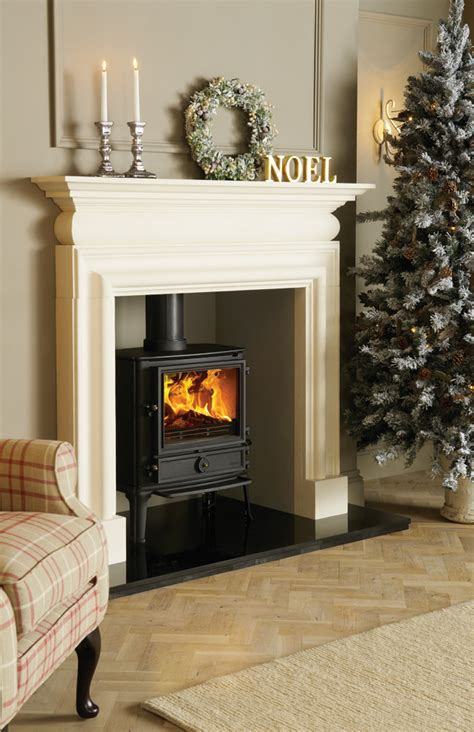 Fireplaces For Log Burning Stoves by Best 25 Multi Fuel Stoves Ideas On Multi Fuel