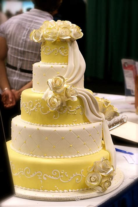 Wedding Cake Bc by Yellow And White Wedding Cake Eat Vancouver Bc Place