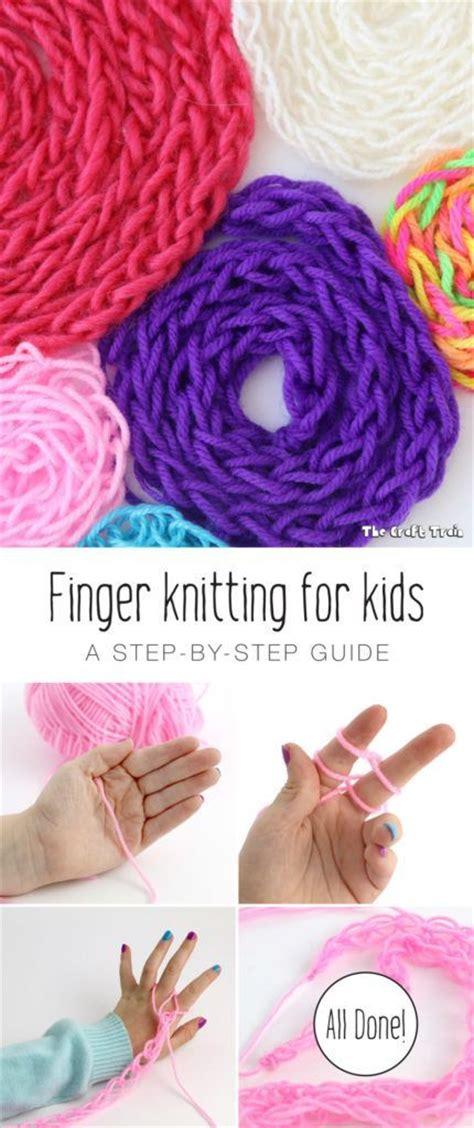 knit finger best 25 finger knitting ideas on finger
