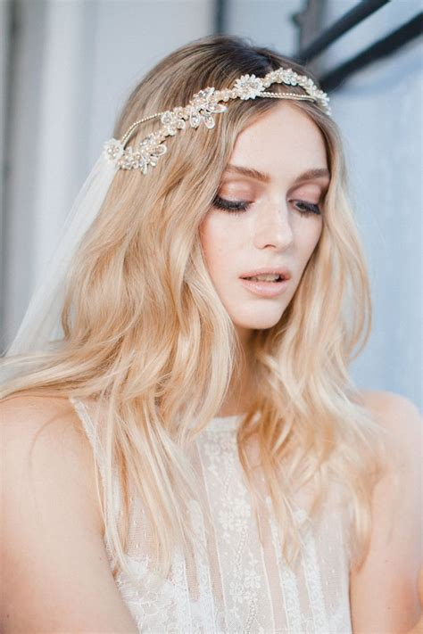 Diy Wedding Hair With Veil by 199 Best Hair Accessories Veils Crowns Images On