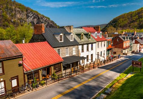 prettiest town in america the 30 most beautiful towns in america viewfinder