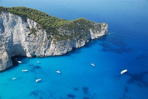 Blue Light Iphone Wallpaper Navagio Beach Shipwreck Beach Greece Hd 4k