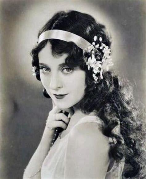 1920s womens hairstyles for women long hairstyles and hairstyles on pinterest