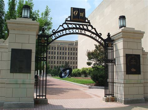 Gwu Mba Reviews by Why George Washington Is Ditching Standardized
