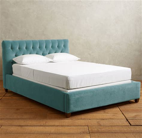 velvet tufted bed beds and headboards everything turquoise
