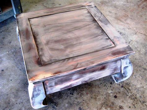 Lackieren Tisch by How To Paint And Stencil An Old Wood Table How Tos Diy