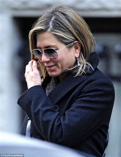 ruddy complexion pictures jennifer aniston reveals blotchy spotted complexion after