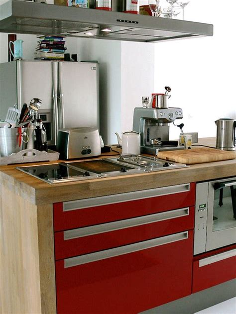 small kitchen furniture 32 brilliant hacks to make a small kitchen look bigger