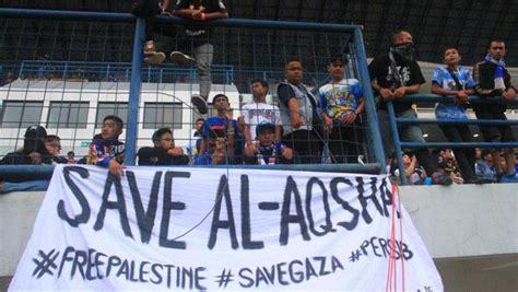detiknews sport bola eks striker lyon kecam kekerasan militer israel di masjid