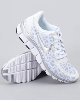 white leopard print nike running shoes shoes