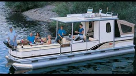 pontoon boats for sale modesto ca pontoon houseboat partyhut 30 regency edition with slip at
