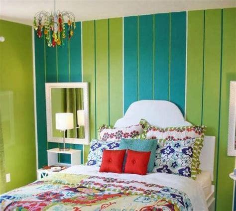 konsep  warna cat kamar warna hijau