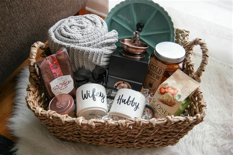 married couple gift ideas a cozy morning gift basket a gift for newlyweds ideas for the newlyweds