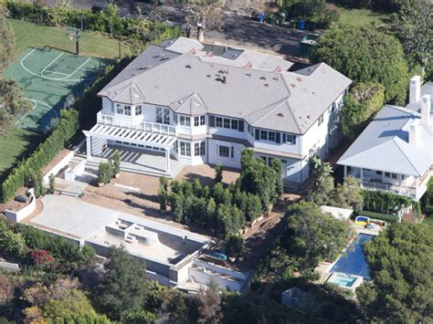reese witherspoon house celebrity homes ok magazine